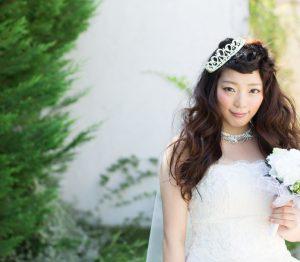輪郭、服装別で教えます!結婚式花嫁さんのロングヘアアレンジ