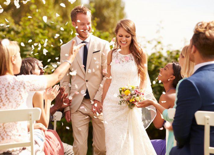 海外ドラマのような結婚式!ガーデンウェディングとは?