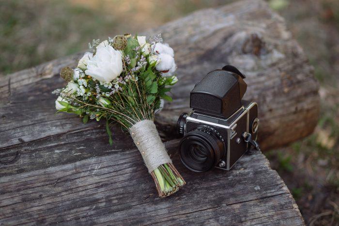 ブーケとカメラ