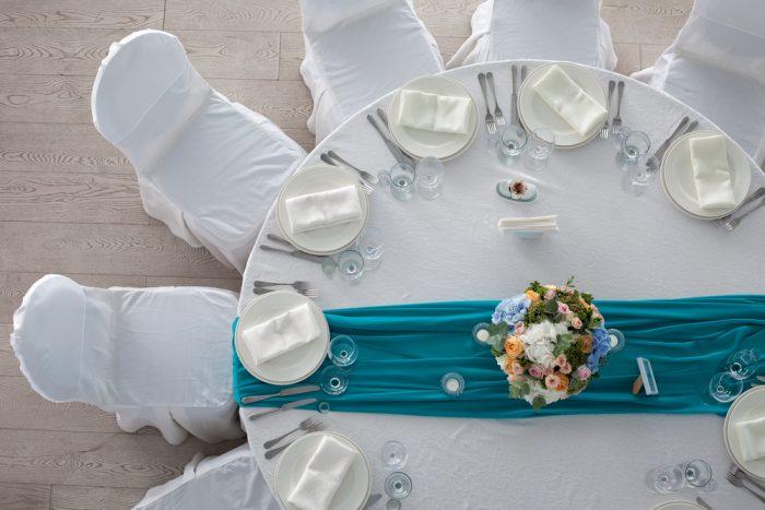散らし型テーブルセッティング