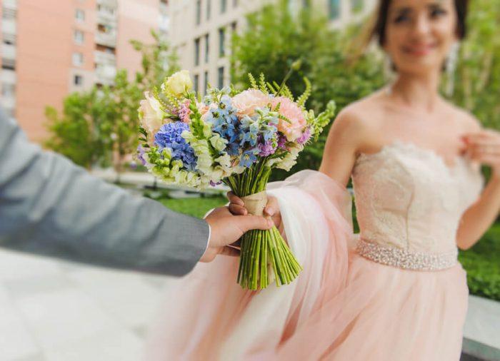 結婚式のブーケの種類が知りたい。生花以外の素材は何がある?