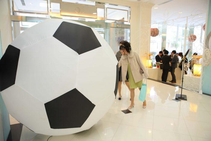 サッカーボール型のビニール風船
