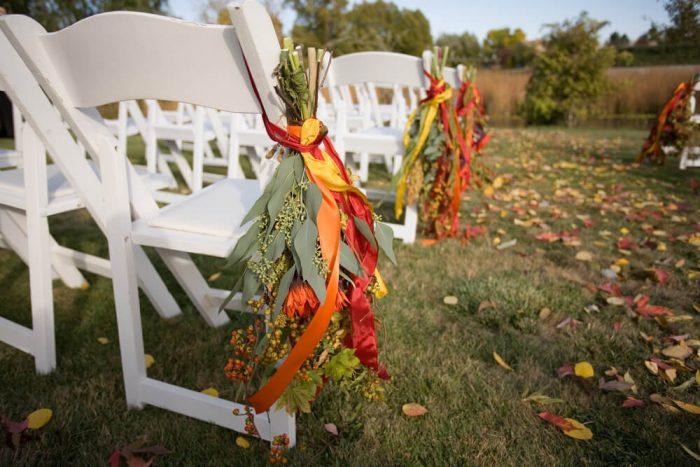 秋色のチェアフラワー