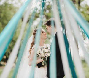 結婚式はゲスト参加型で盛り上がるリボンを使った演出方法5選